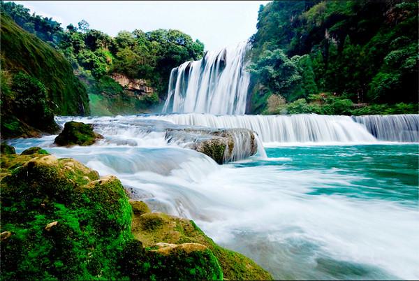 黄果树瀑布_黄果树瀑布--中国第一大瀑布,中国的瀑布不少,最高的瀑布据说是广东