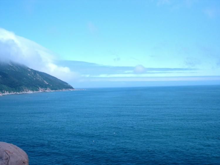 游青岛,爬崂山,走驴道,徒步穿越青岛沿海风景线,海边扎营,尽享啤酒节