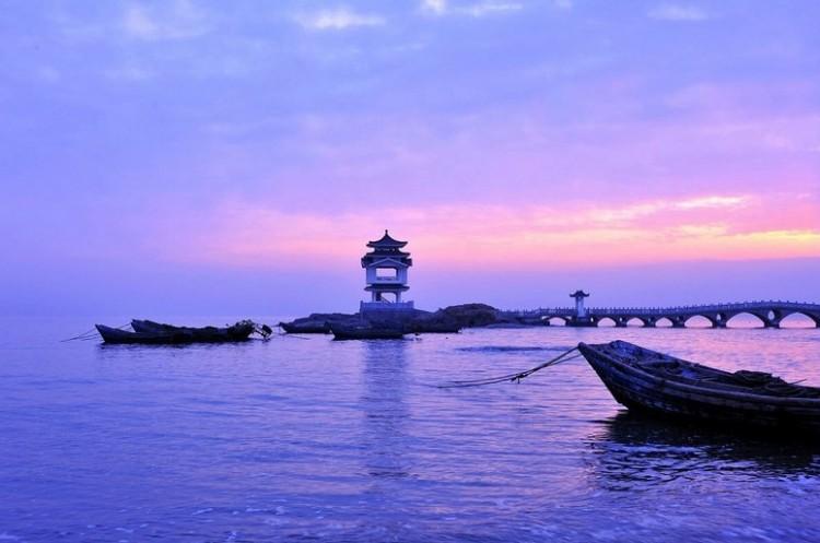 兴城海滨是国家级风景名胜区.