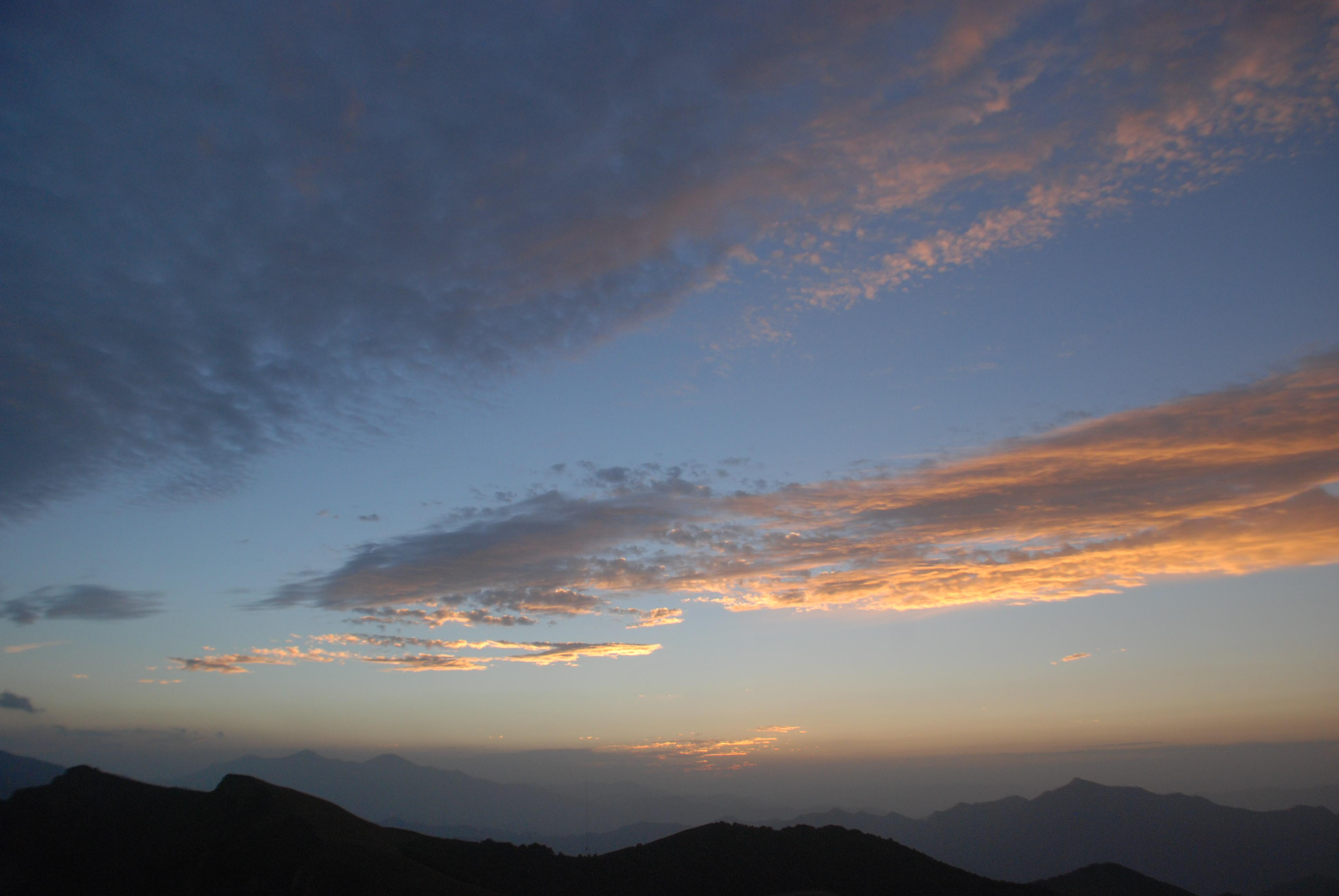背景 壁纸 风景 气候 气象 天空 桌面 3872_2592