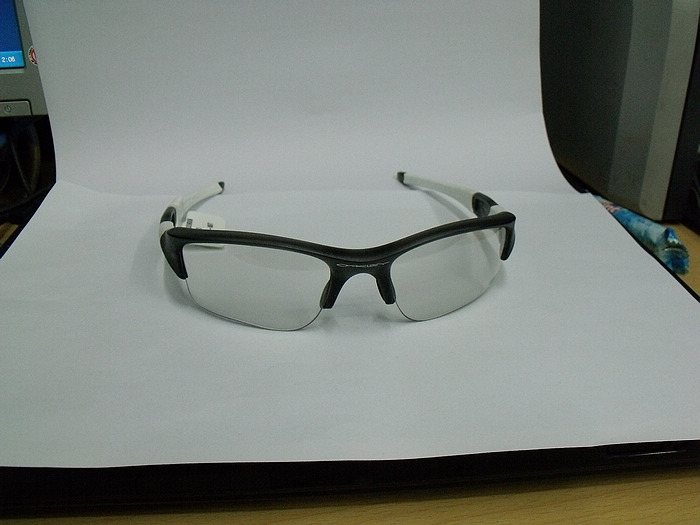 oakley iridium  black iridium