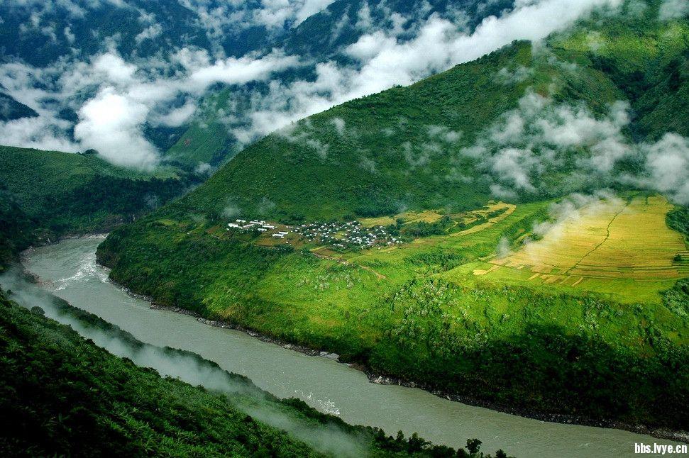 主要景点:南伊沟,雅鲁藏布江大峡谷风景区,嘎那珠布寺,大渡卡古堡遗