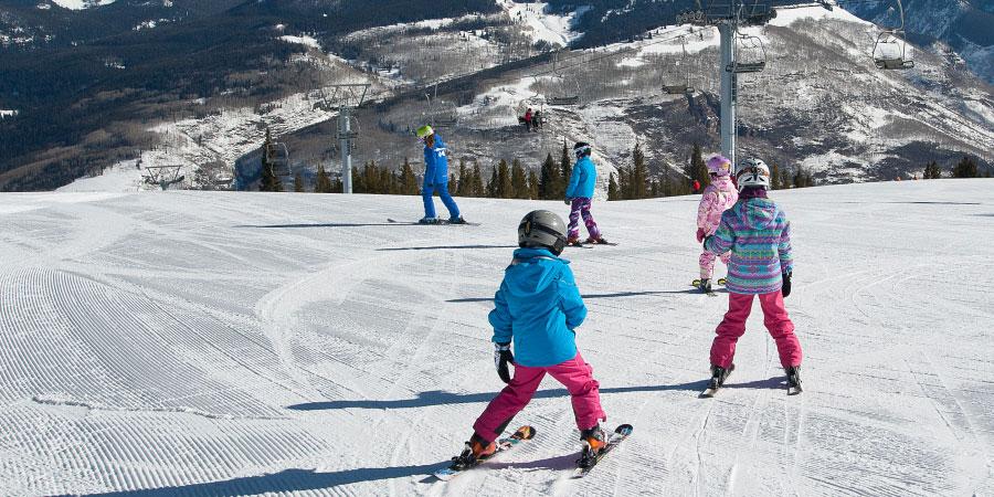 内独家引进美国PSIA滑雪教学体系,面向发烧友招募培训滑雪教练师