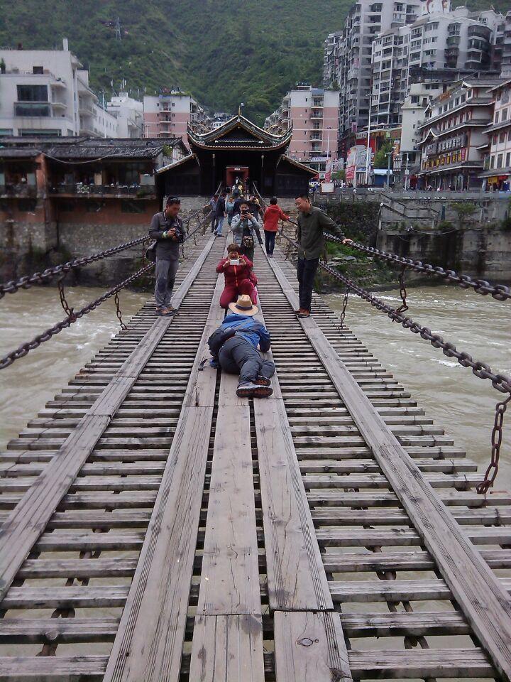 【飞扬318藏之旅】第6天:往新都-飞夺泸定桥、2独攻略色图片