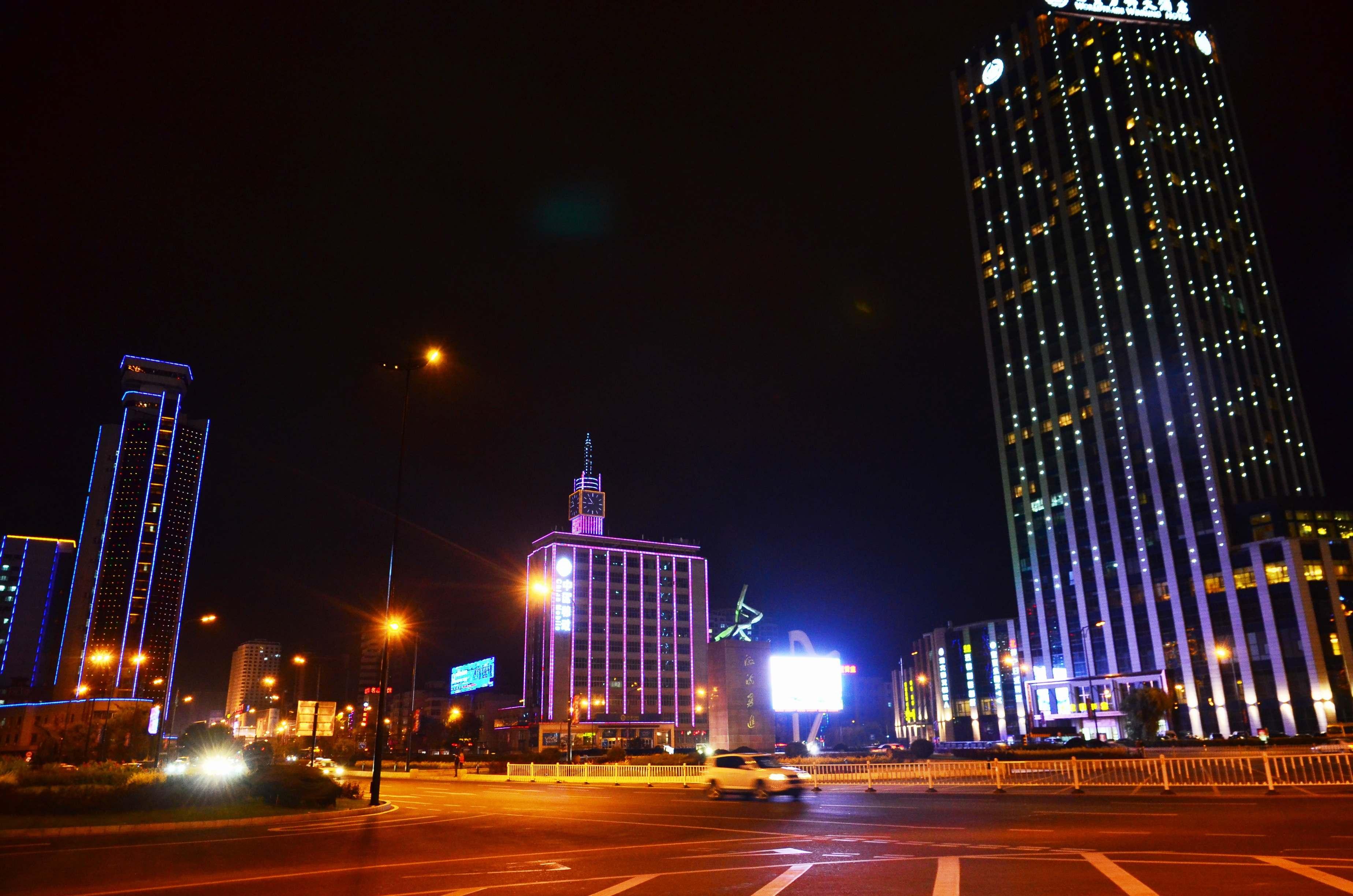 吉林市的标志性广场建筑