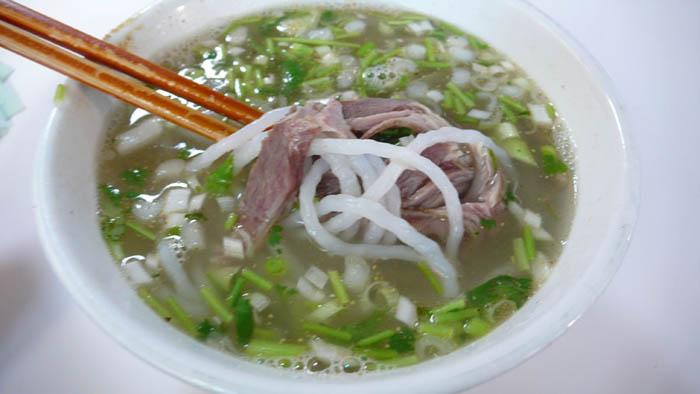 刚约的粉木耳20p_另外取羊肉加调料,肉汤炖烂,放入粉块,鲜菜,调料,木耳烧成.