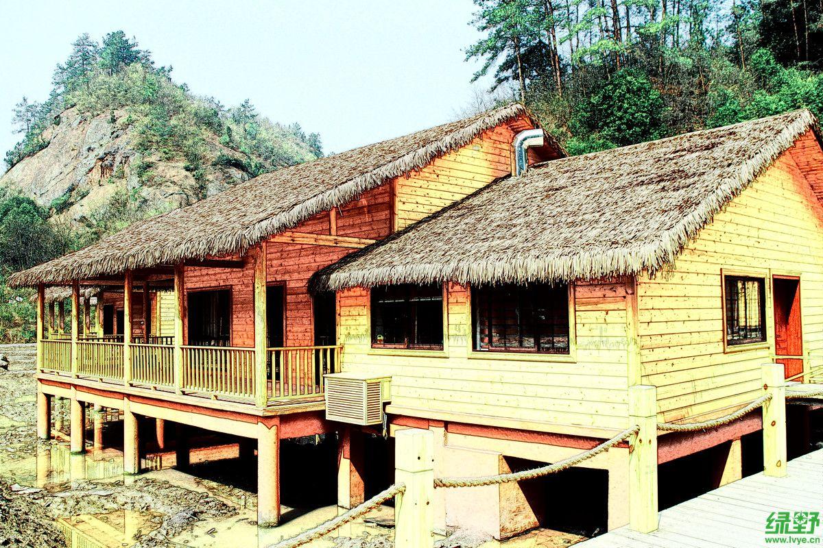 推荐二:水上小木屋    超级高大上的房间,各项齐全,外带l型阳台