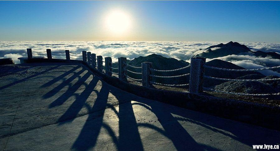 佛山-- 佛山—沈海高速广州支线—广清高速—清连高速—348省道—英西