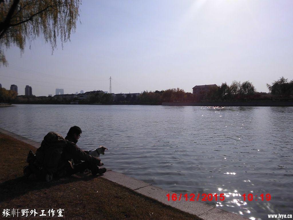 003B稼轩和念之(苏州护城河) (1).jpg