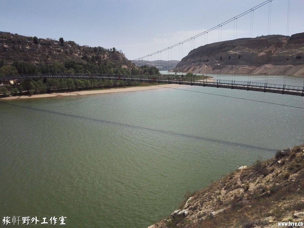 043铁桥.jpg