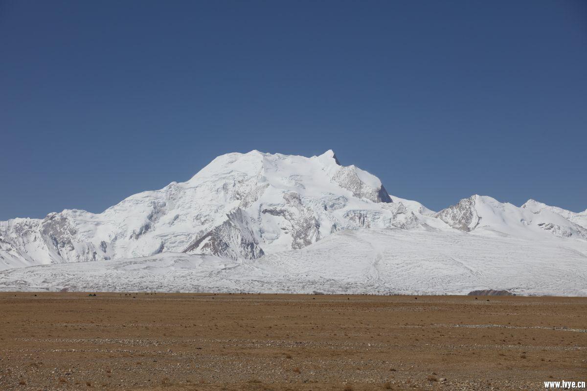 希夏邦玛峰13.JPG