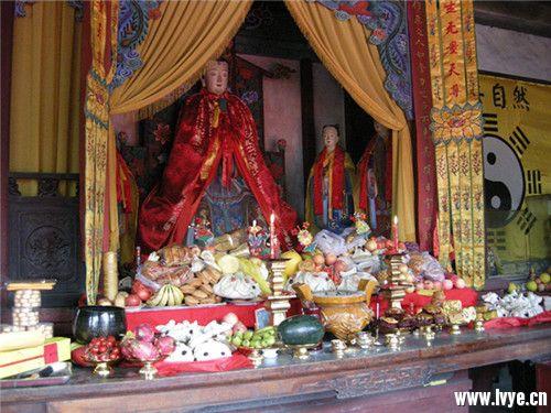中元寄哀思 祈福保平安——不可不知的中元节传统习俗 (4).jpg