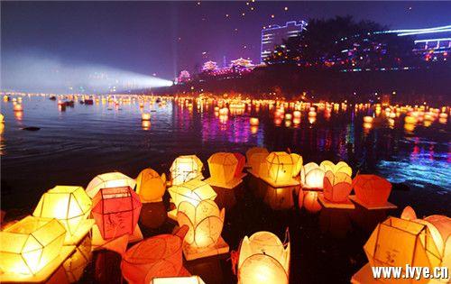中元寄哀思 祈福保平安——不可不知的中元节传统习俗 (5).jpg