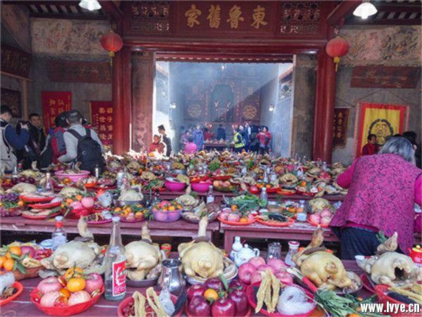中元寄哀思 祈福保平安——不可不知的中元节传统习俗 (3).jpg