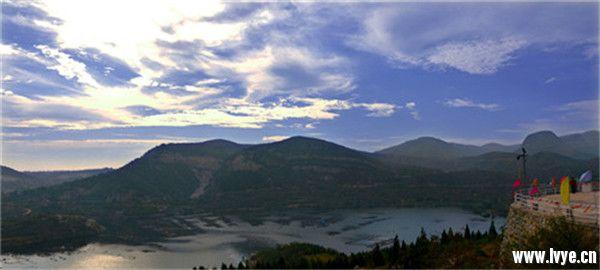 小南海的水和仙人谷的风——十月安阳大西南摄影采风游记 (5).jpg