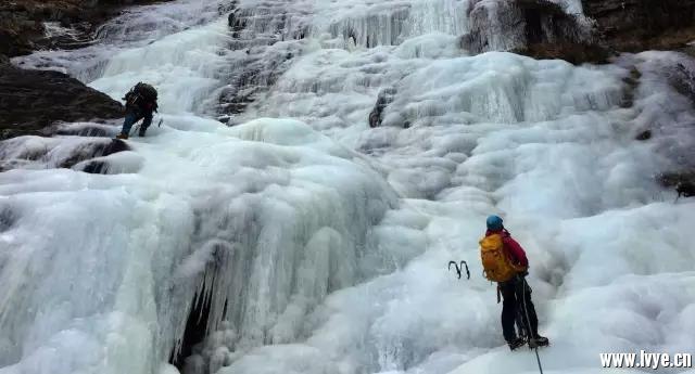 攀冰3.jpg