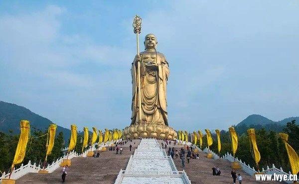 99米地藏菩萨铜像.jpg