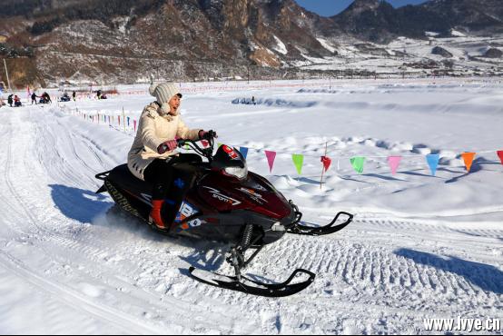 龙头山滑雪场简介498.png