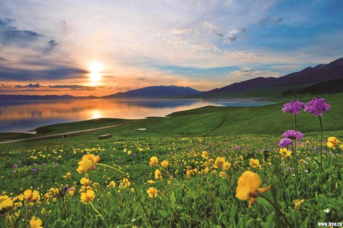 赛里木湖5.jpg