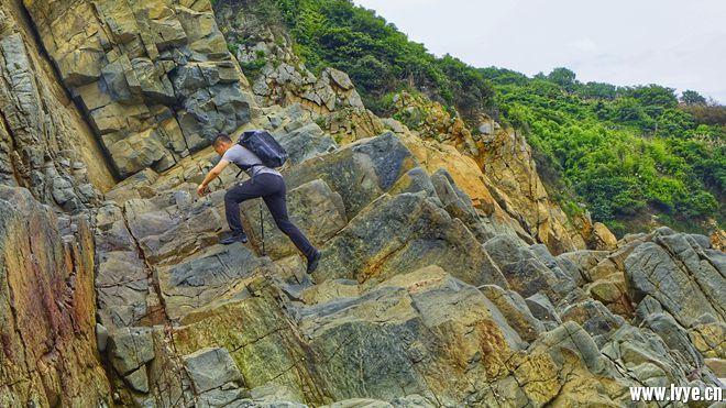 22攀爬岩壁_DSC4360 (2)-01.jpg