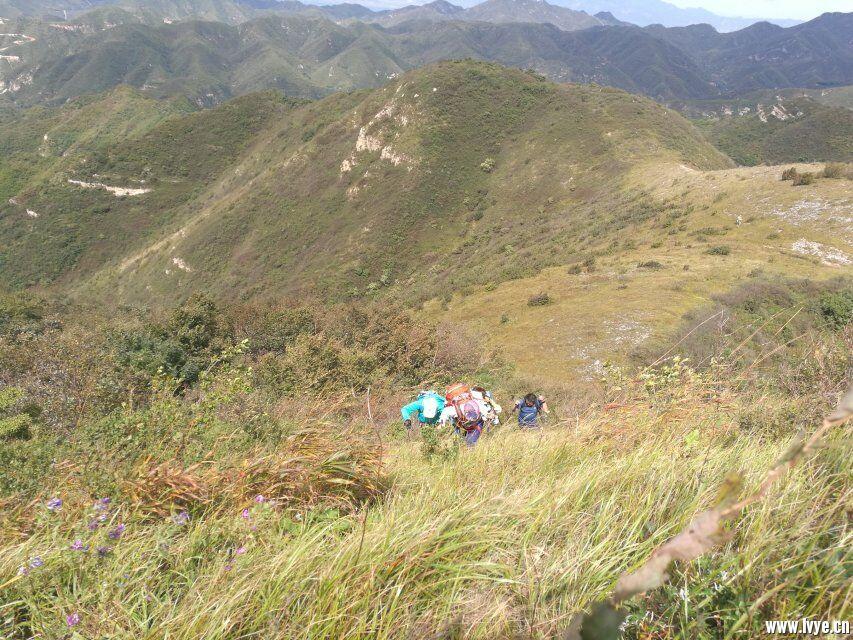 爬山2.jpg