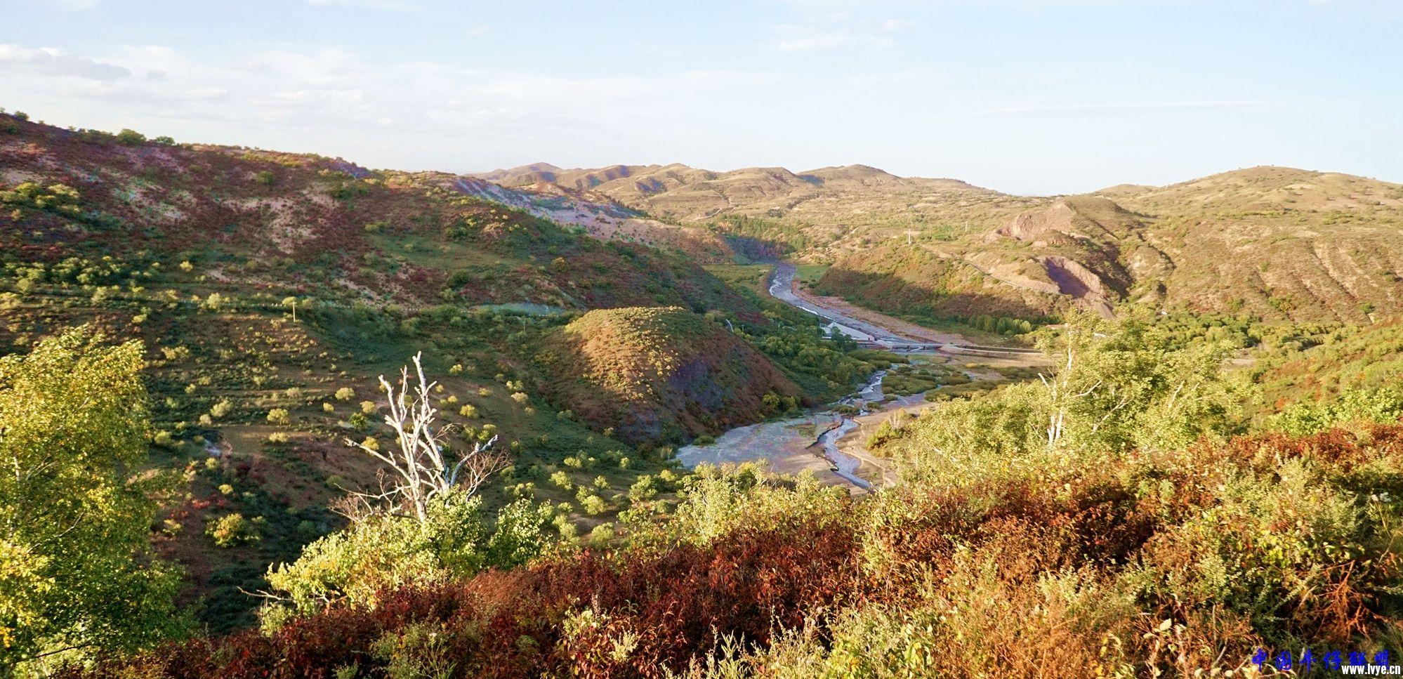 西拉木伦河峡谷4227.jpg