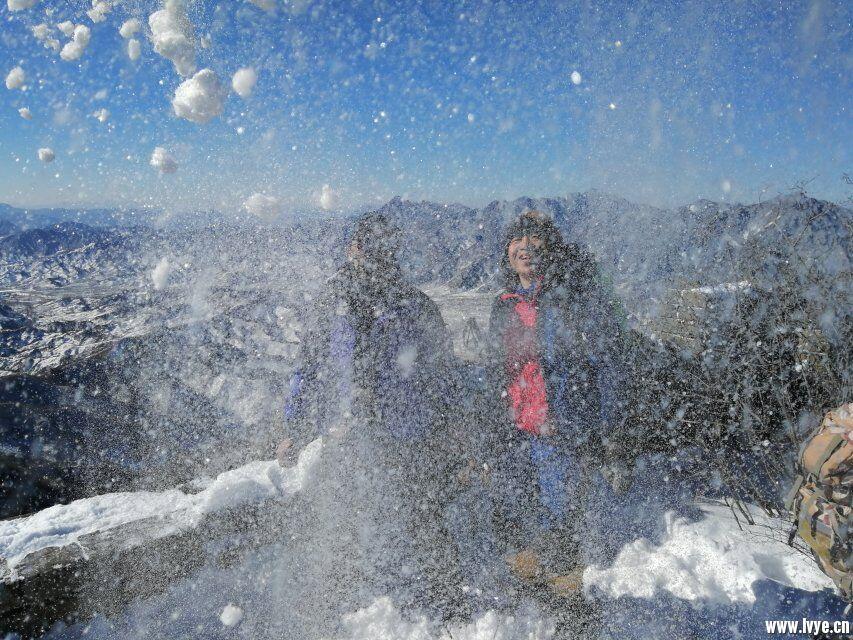 长城嬉雪01.jpg