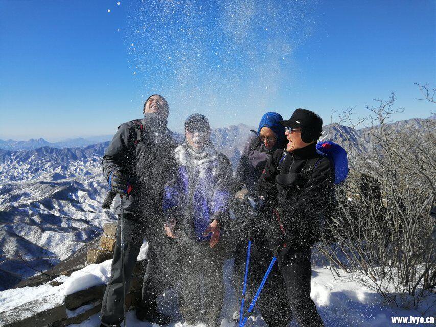 长城嬉雪3.jpg