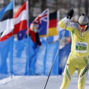 加拿大加蒂诺越野滑雪比赛掠影 维埃拉滑向终点