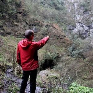 贵州驴友云南探险坠洞68小时找到遗体