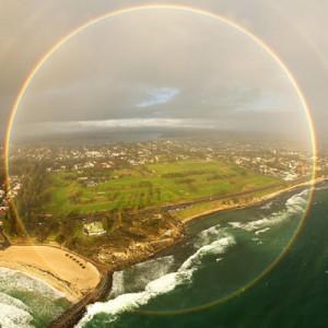 澳天空现全圆形彩虹 摄影师称极为罕见