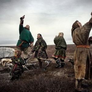 鹿皮衣從生穿到死 俄羅斯極地人的生活