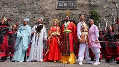二0一五古名人巡城公益流动一六日在襄阳举办