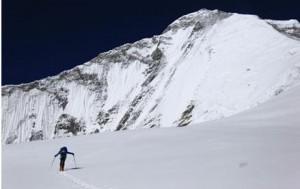 卡西欧PRO TREK PRX-8000T助你挑战8000米高峰