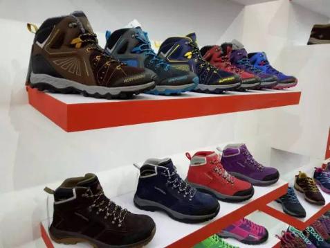 亚展新品 HOTPOTATO户外特工 做最优质舒适的户外鞋