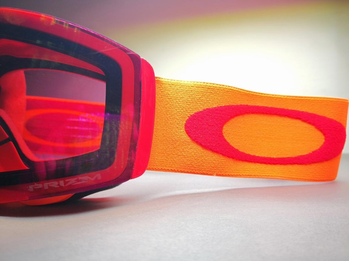 激情运动视野清晰—OAKLEY Fall Line雪镜评测