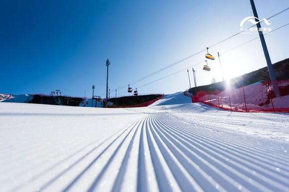 """翠云山银河滑雪场2018—19雪季""""超级达人卡""""季卡开始预售"""