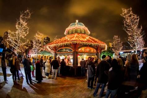 芝加哥全城點亮迎接游客 提供圣誕季游購指南