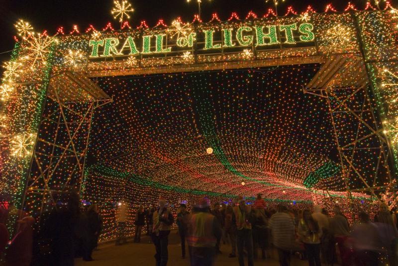 流光溢彩假日季 尽在德克萨斯州灯光秀