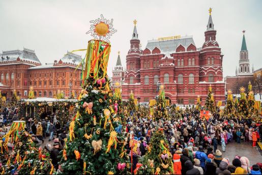 """上百种煎饼,街头戏剧和民间工艺:欢迎来到""""莫斯科谢肉节"""" ..."""